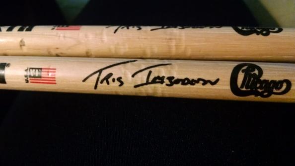 Tris Imobden signature