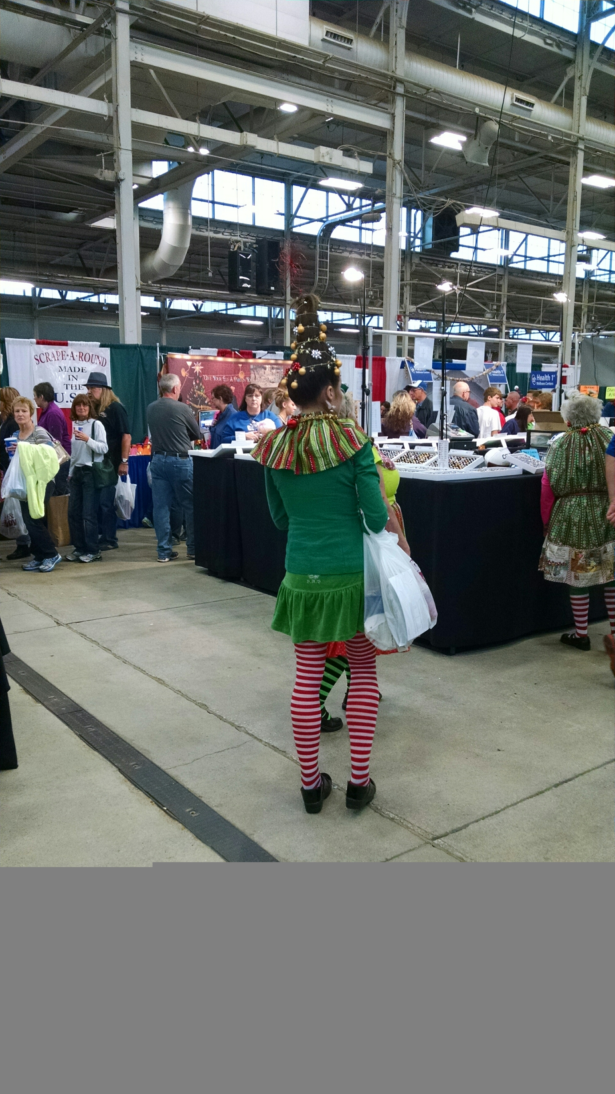 The Whoo\'s at the Christmas Gift and Hobby Show | The Amber Light\'s Blog